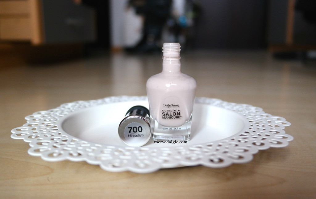 Sally Hansen 700
